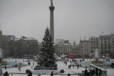 11ロンドン(雪のトラファルガー広場)