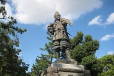 15 清須公園内(清須城から徒歩5分)の信長の銅像