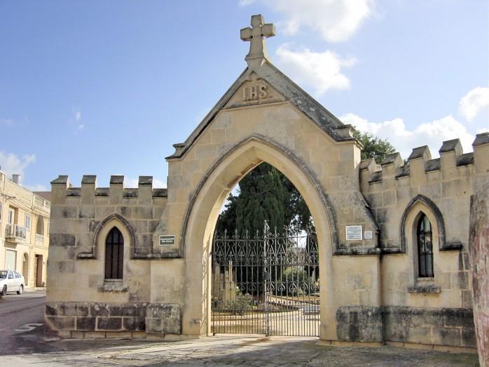 07 イギリス連邦墓地(日本海軍慰霊碑建立地)