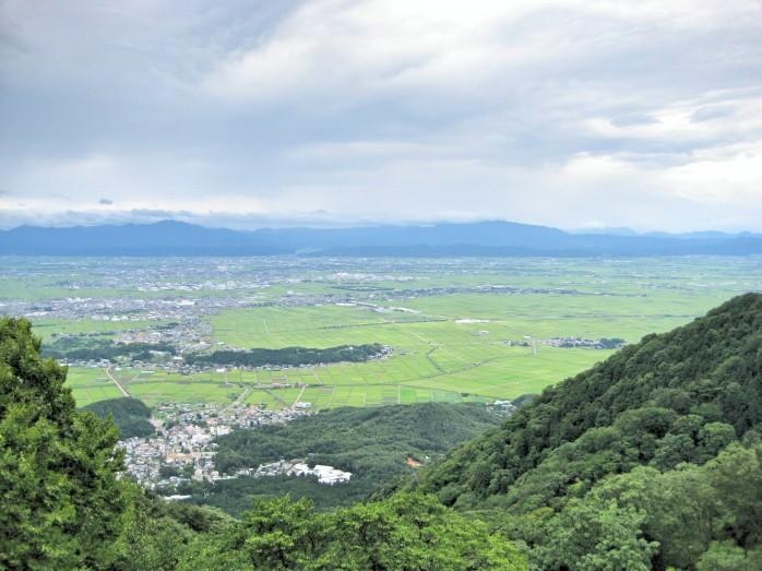 02 弥彦山