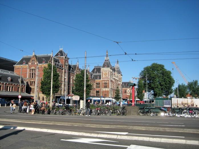 04 アムステルダム中央駅