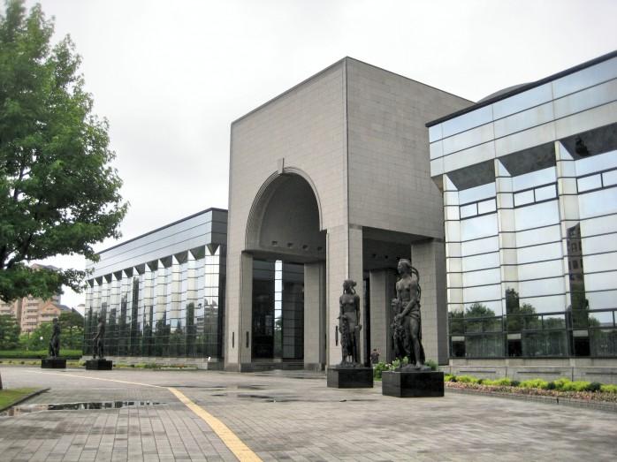02 福岡市博物館