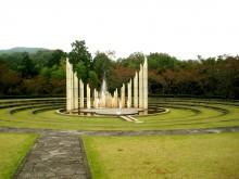 人道の丘公園のモニュメント