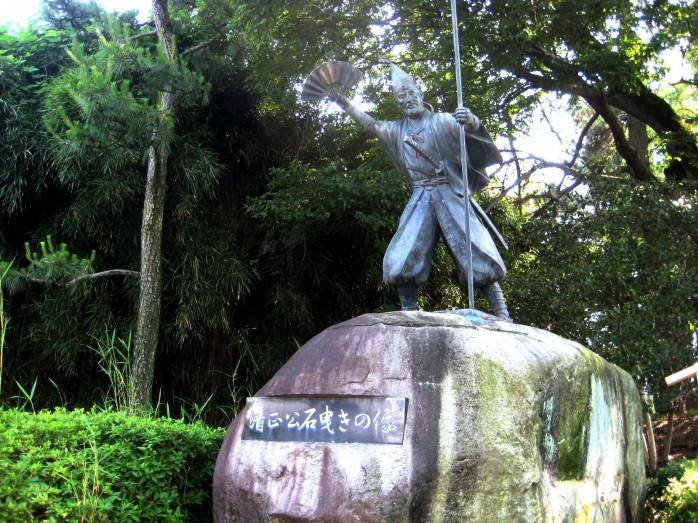 01 清正公石曳きの像