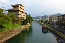 11 瀬田川