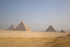 03 ギザのピラミッド群