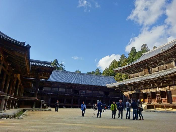 06 圓教寺(右から大講堂・食堂・常行堂)