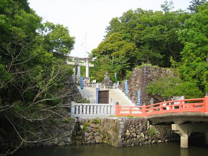 04 武田神社