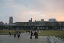 13 広島平和記念資料館
