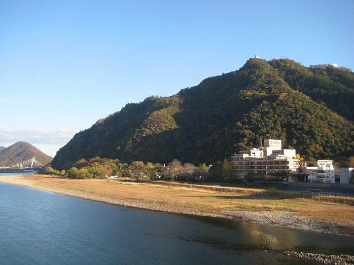 07 金華山と岐阜城と長良川