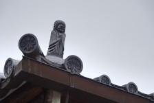 07 弥勒寺_円空仏の屋根瓦