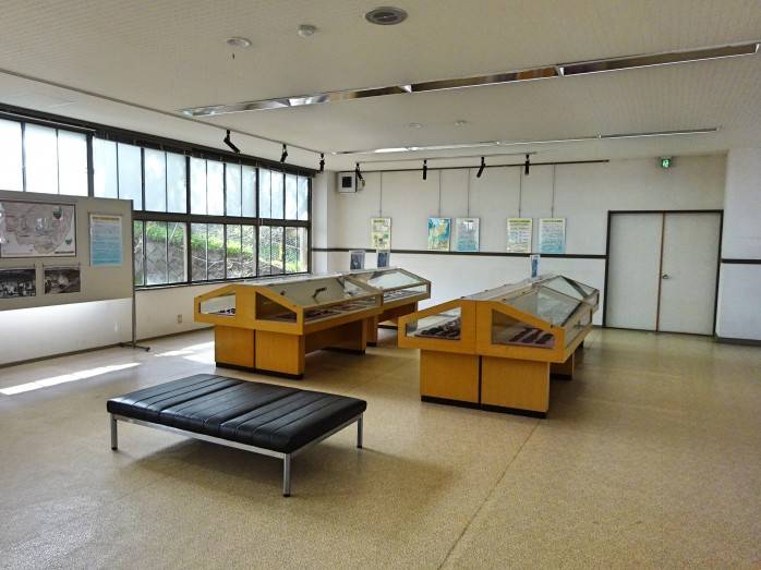 11 和田宿_黒曜石石器資料館
