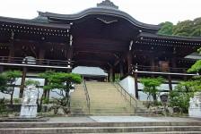 04 近江神宮_外拝殿