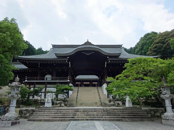 03 近江神宮_外拝殿