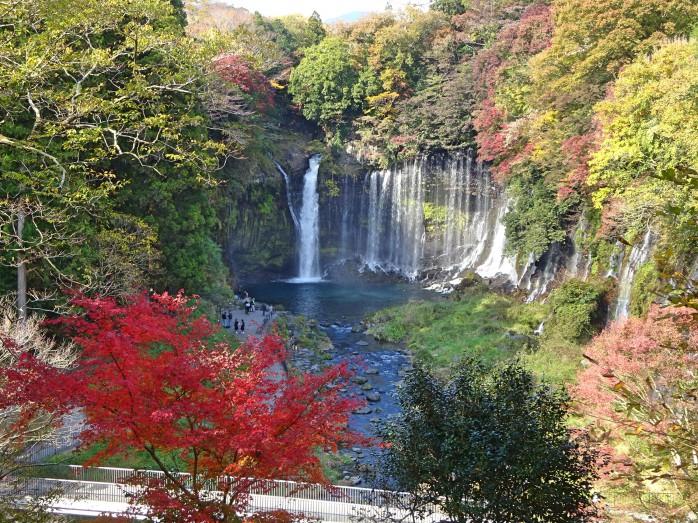 01 白糸の滝