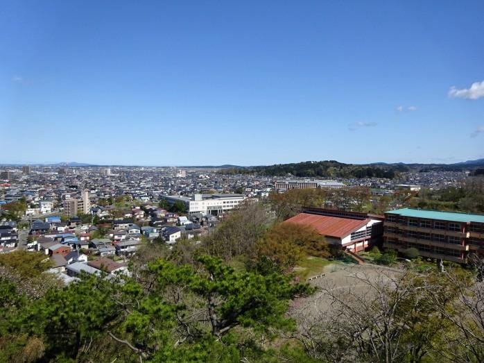 11 千秋公園_久保田城跡_御隅櫓からの眺め