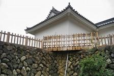 01 亀山城