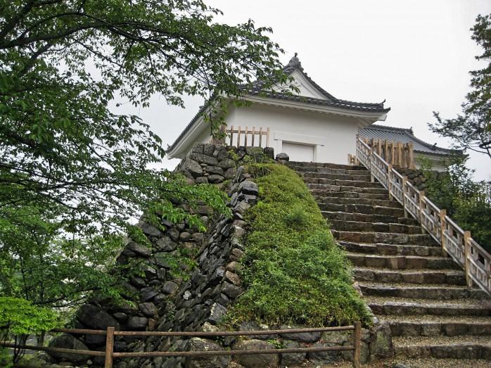 03 亀山城