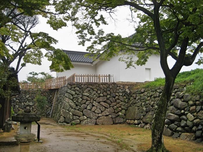 02 亀山城