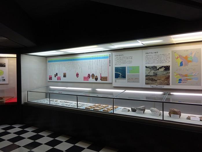 06 寒風山回転展望台展示室