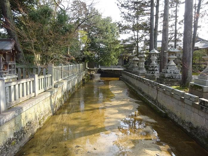 02 多賀大社_太閤橋の架かる車戸川