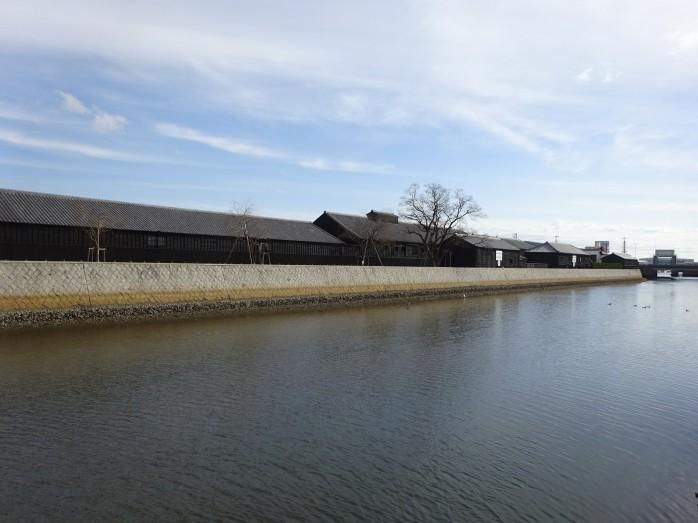 01 半田運河とミツカンの醸造蔵
