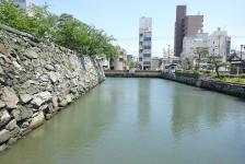 01 徳島城跡_石垣と堀