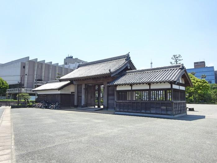 01 徳島城跡_鷲の門