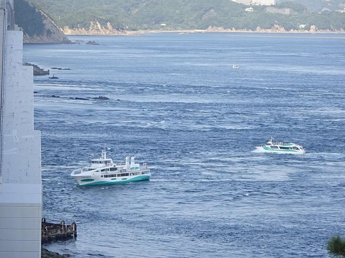 03 渦潮観光船