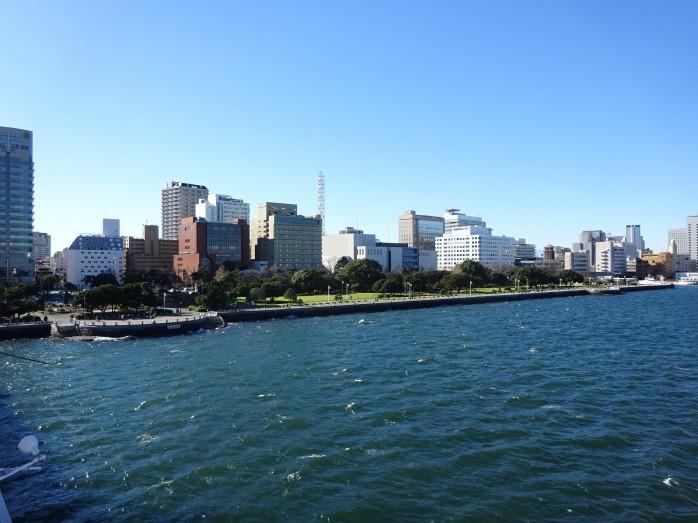 19 氷川丸_屋外デッキからの眺め_山下公園