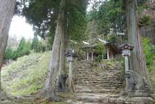 11 真山神社