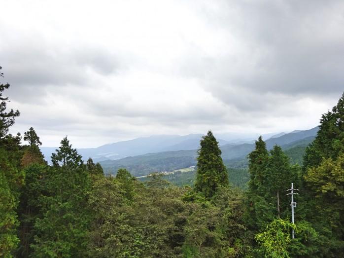 13 岩村城本丸跡からの眺め
