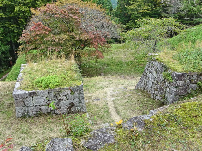 10 岩村城跡