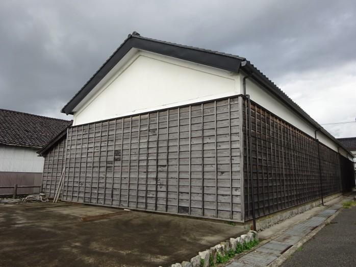 04 旧十二銀行の米倉